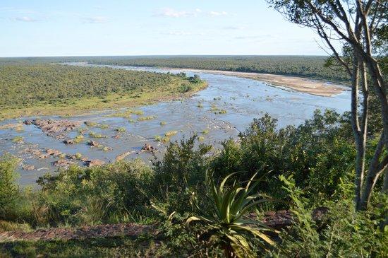 Olifants Rest Camp : Vue sur la rivière depuis le bungalow FQ4V2