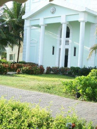 Grand Palladium Lady Hamilton Resort & Spa: le bloc de ma chambre