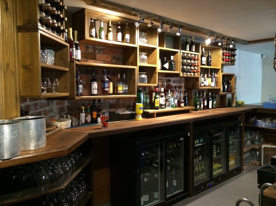 The Miller of Mansfield: The bar area