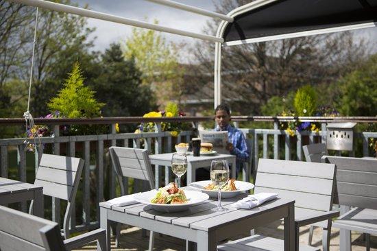 Sandymount Hotel: Bar Terrace