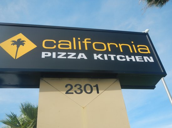 California Pizza Kitchen, Fort Lauderdale - 2301 N Federal Hwy ...