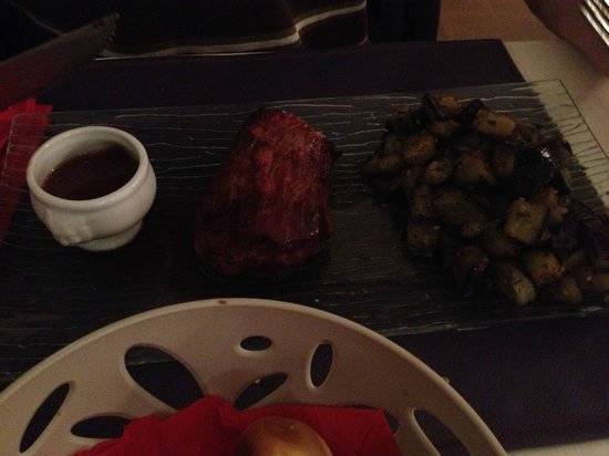 Ma Cuisine Resto: Great steak with aubergines