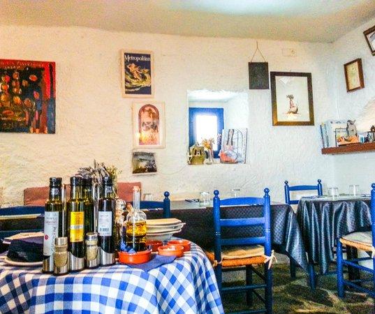 Restaurant La Sirena : restaurant interior
