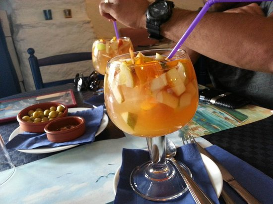 Restaurant La Sirena : Cava sangria