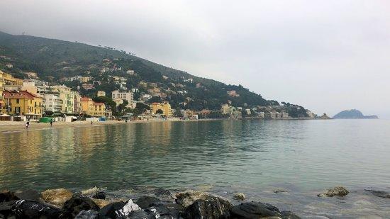 Salvia & Rosmarino B&B : Una veduta di Alassio, a 10 minuti con l'automobile