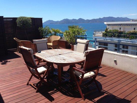 Grand Hyatt Cannes Hotel Martinez: terrace