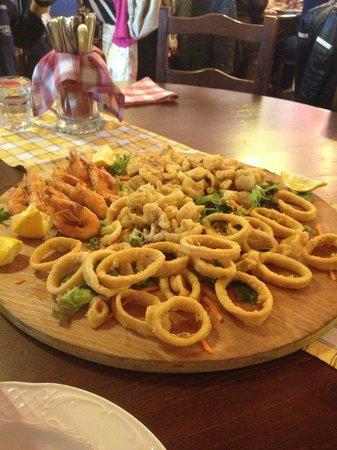EL Diablito: Frittierte Fischplatte lecker