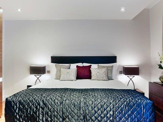 Cheval Harrington Court: Bedroom