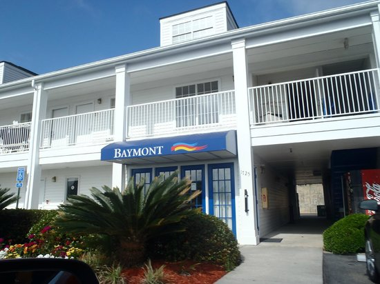Baymont Inn & Suites Valdosta at Valdosta Mall: Entrance....