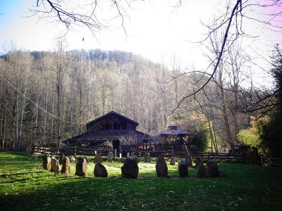 Mountain Light Sanctuary: Elfhaven Lodge