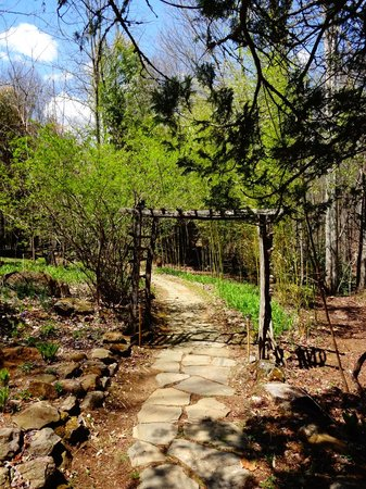Entrance to Mountain Light Sanctuary