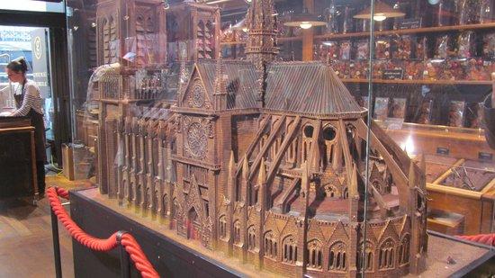 Maison Georges Larnicol: Chocolate