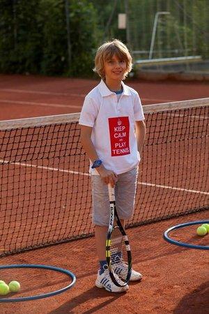 Hotel Scesaplana: Tennisplatz