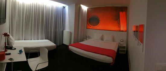 Pantone Hotel: Двойной номер