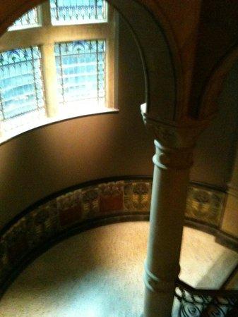 Conservatorium Hotel: indrukwekkende trapehuis