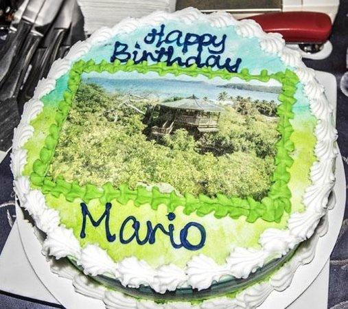 Giorgio's Wine Restaurant: Birthday Cake-divine!
