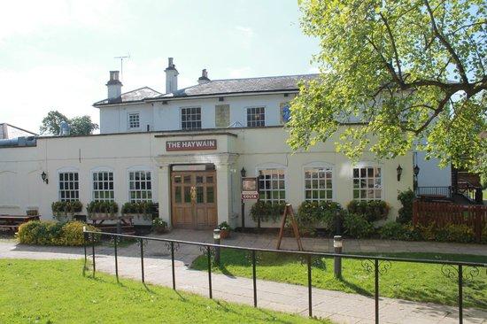 Premier Inn Epsom Central Hotel: Le pub