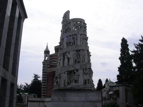 Cimetière Monumental : Edicola Bernocchi ad opera di Castiglioni