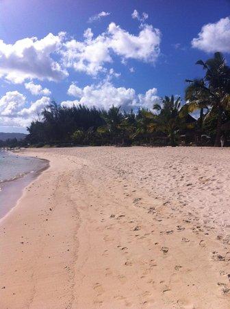 Shanti Maurice - A Nira Resort: Beach shanti