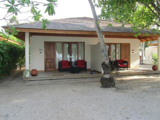 Vilamendhoo Island Resort & Spa : Esterno camere