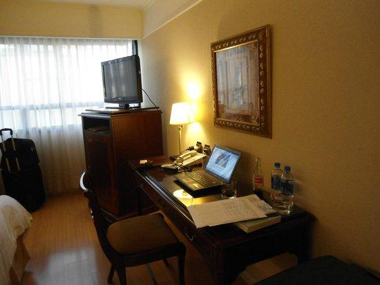 Hotel Oro Verde Guayaquil: Escritorio completa
