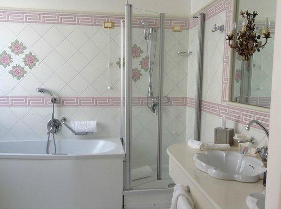 Grand Hotel Quisisana: shower area
