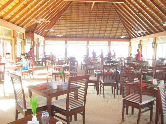 Vilamendhoo Island Resort & Spa : Ristorante