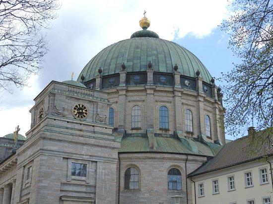 Dom St. Blasien: Aussenansicht des Doms
