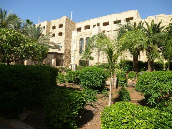 Movenpick Resort & Spa Dead Sea: Bâtiment principal de l'hôtel