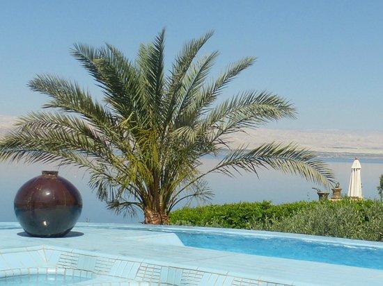 Movenpick Resort & Spa Dead Sea: Vue sur la mer morte