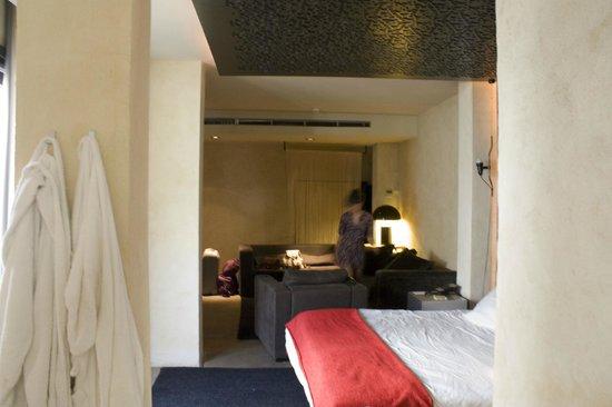 EME Catedral Hotel: habiación 402