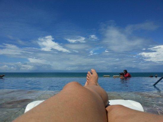 eSuites Vila do Mar: Piscina com Borda Infinita