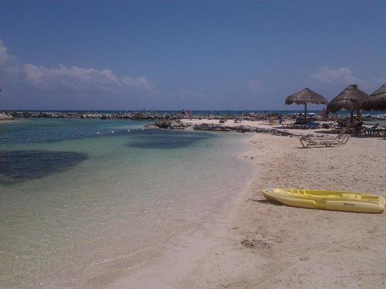 Catalonia Riviera Maya: Plage du lagon