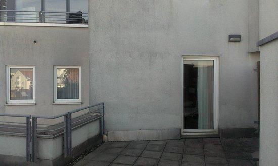 Leonardo Hotel Nürnberg: Вид с терассы на номер