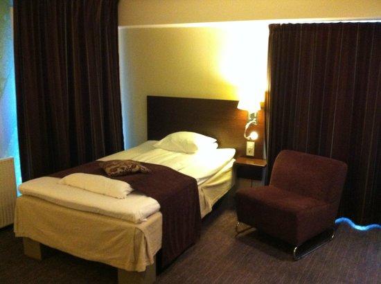 Comfort Hotel Park : Cama single