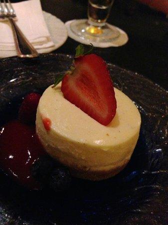 Four Seasons: Dessert at Lobby Bar