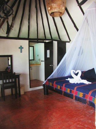 Poc-na Tulum: camera e letto comodissimo