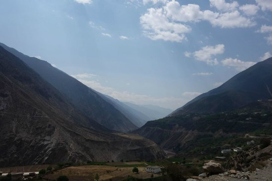Lancang river Canyon: Endless slopes