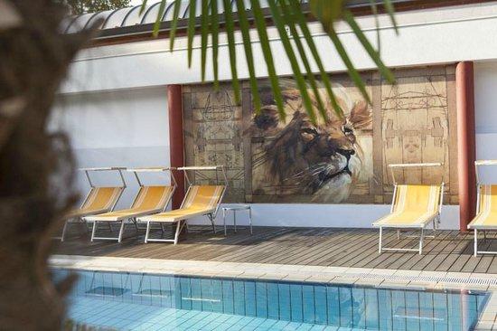 Hotel Löwenhof: Poolbereich