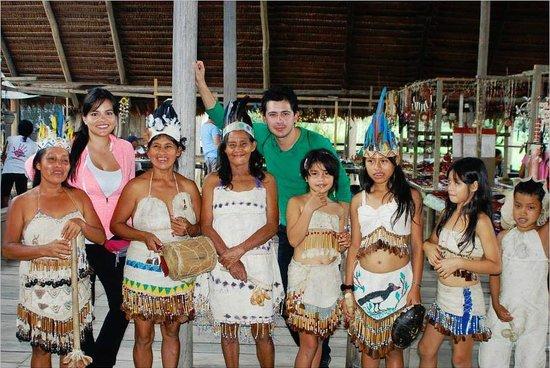 Hotel Pirarucú : Comunidad Indigena