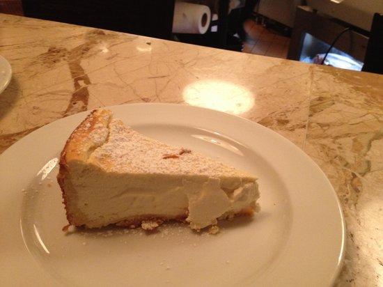 Rafele: Mama's cheese cake
