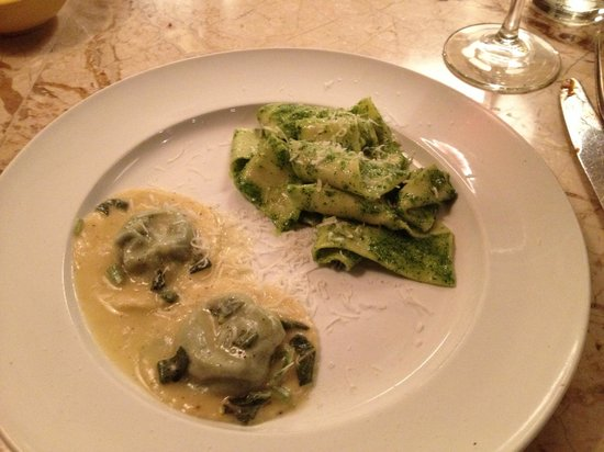 Rafele: Pasta entree - Ravioli to die for