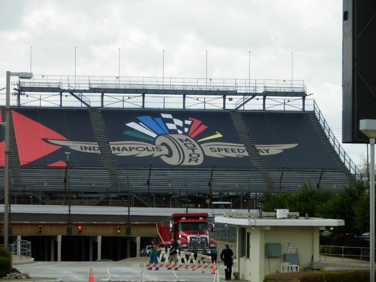 Indianapolis Motor Speedway Museum: Grand Stands