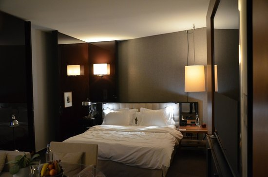 Grand Hyatt Berlin: room