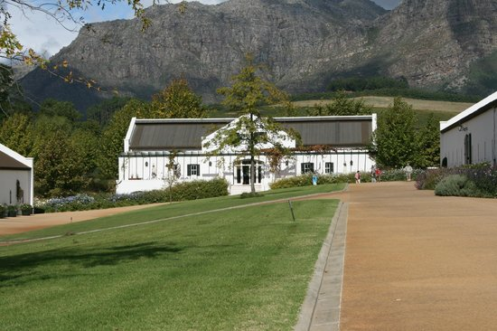 The Franschhoek Motor Museum: Main entrance