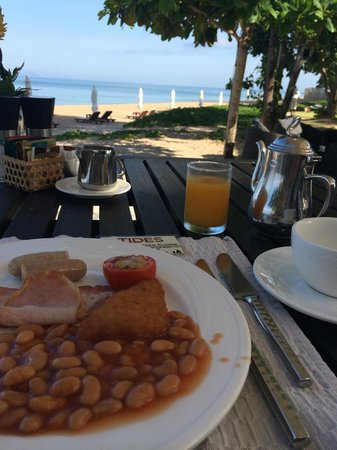 Layana Resort and Spa: Breakfast