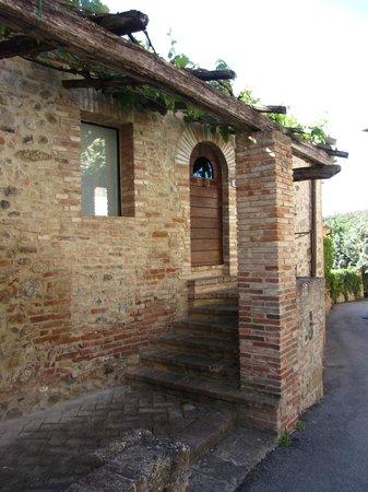 Bosco della Spina : Each apartment with private entrance