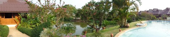 Maekok River Village Resort: View from dining terrace