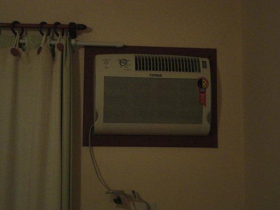 Apartamentos Ancora: Aire acondicionado MUY ruidoso