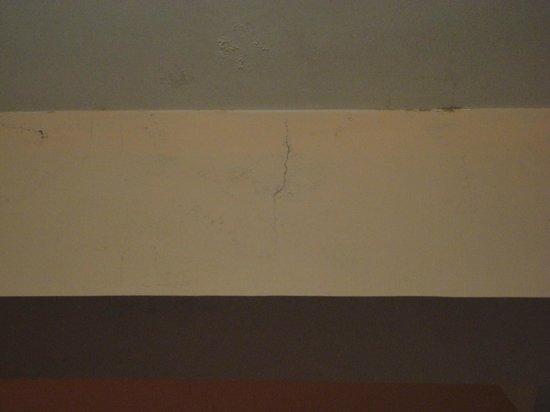 Apartamentos Ancora: humedad